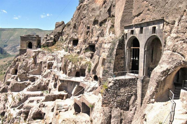 Vardzia, cave city